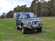 Toyota Hilux Toyota Hilux SR5 (4x4) (2000) DUAL CAB